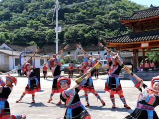 恭城一村寨荣获《中国少数民族特色村寨》荣誉称号