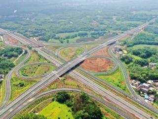 玉湛高速(广西段)6月30日正式通车