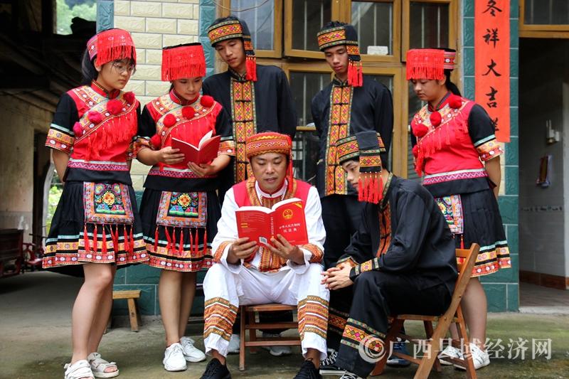 恭城縣:今年上半年全縣群眾安全感達98.89%,桂林市第一