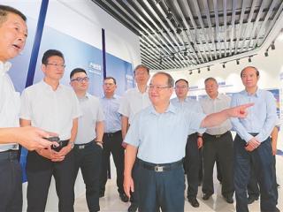 鹿心社:持续打好产业转型升级攻坚战助力广西实现经济稳增长目标
