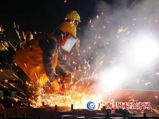 广西融安:焦柳铁路电气化改造工程融安段陇口拨接完工