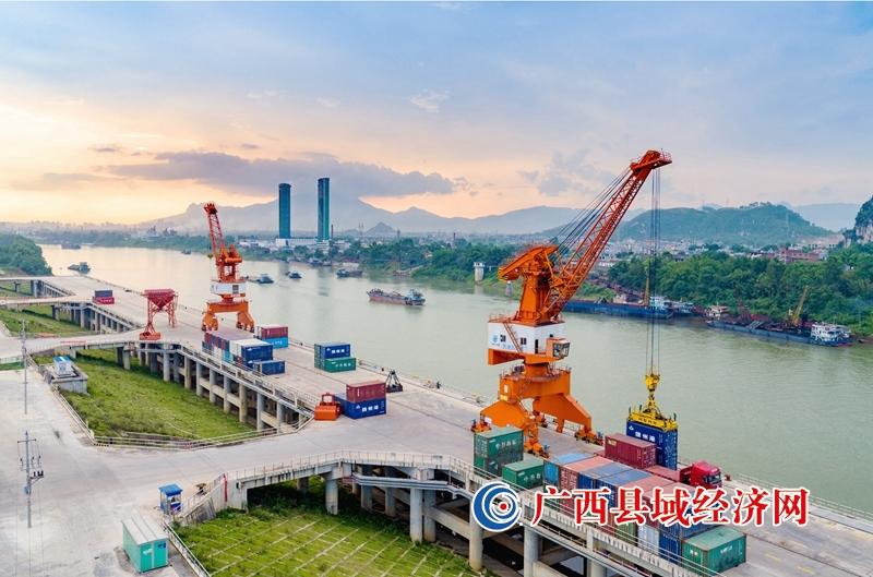 贵港市港南区:解放思想 担当实干 全力推动县域经济高质量发展