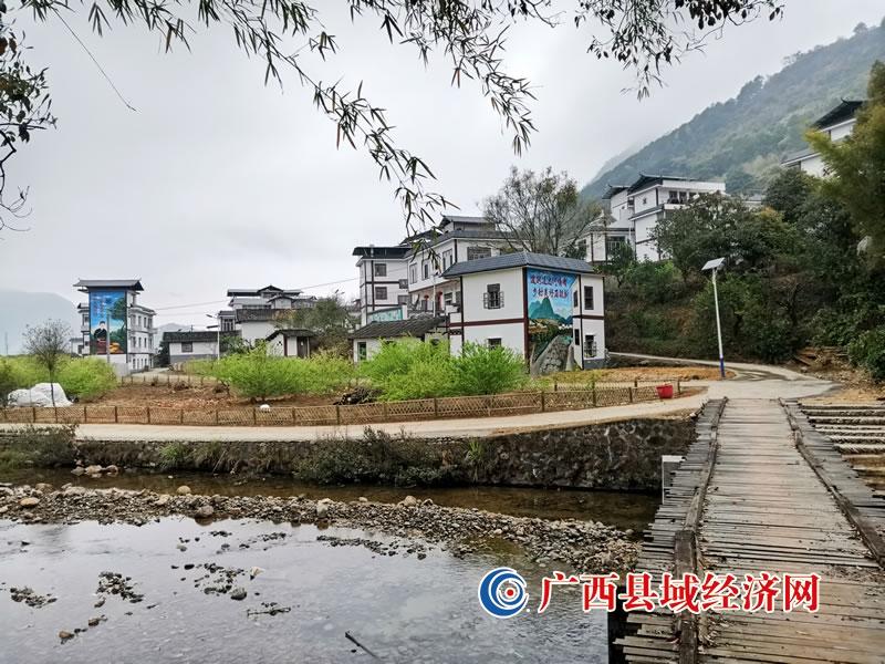 恭城县:以获评2020年全国村庄清洁行动先进县为契机加快乡村风貌提升