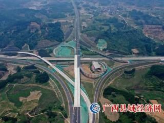 桂柳高速六标假日加快施工确保早通车