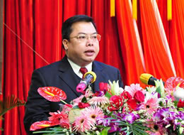 李俊:深入实施工业强县战略 推进博白新型工业化跨越发展